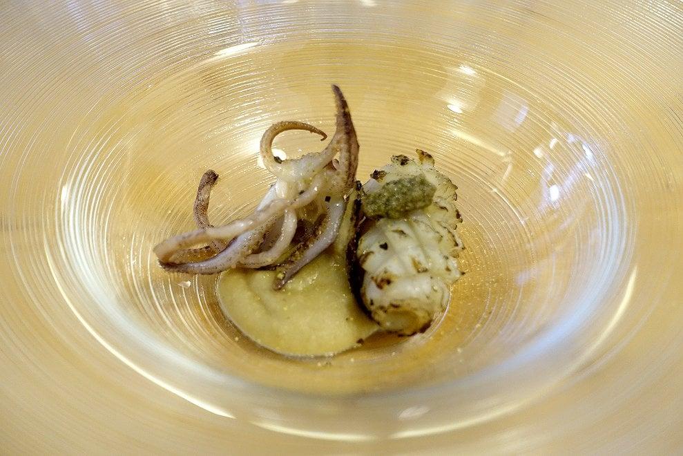A Pozzuoli ha aperto la prima Itticheria: pescato a miglio zero e piatti democratici
