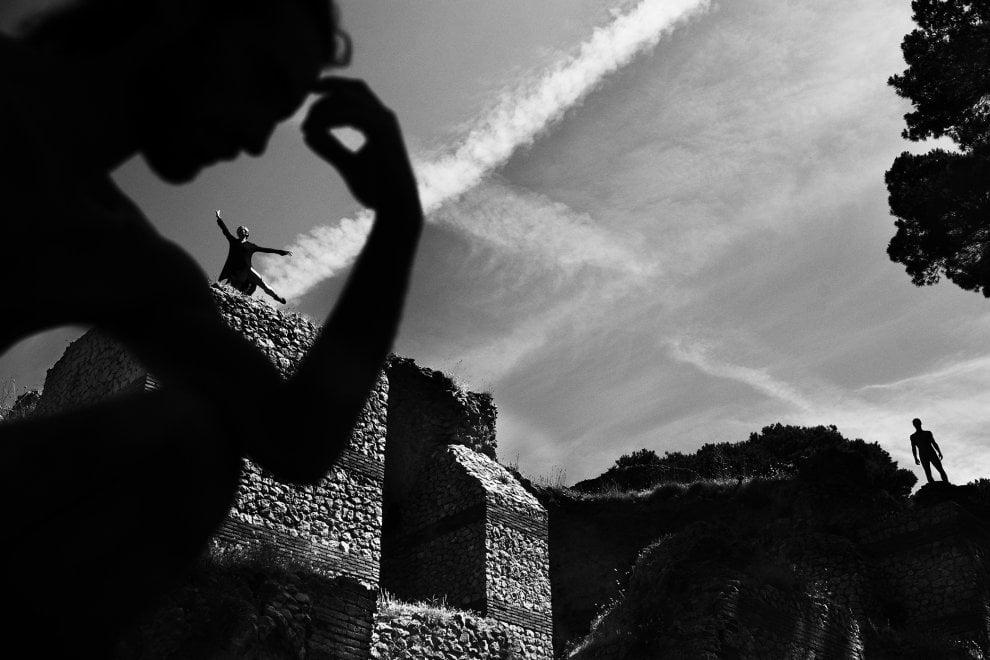 """""""La liquidità del movimento"""", mostra fotografica alla Certosa di Capri"""