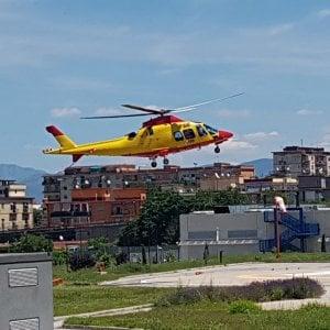 In elicottero all'Ospedale del Mare per uno stent coronarico