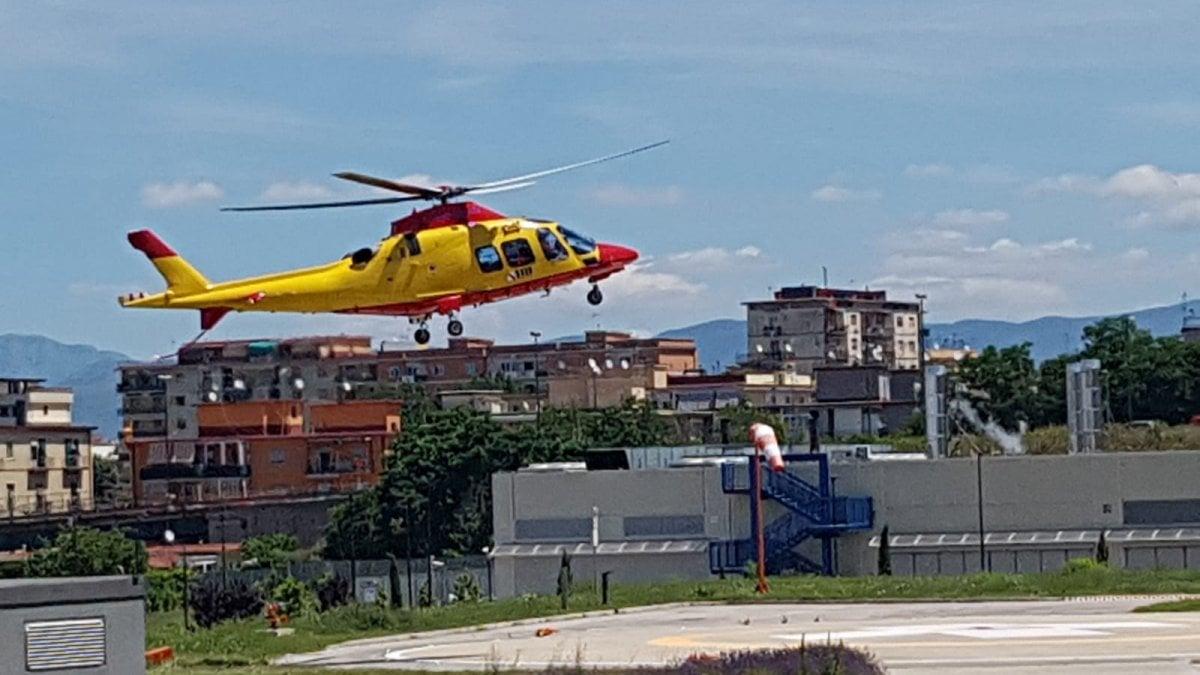 Elicottero Quarto : In elicottero all ospedale del mare per uno stent coronarico