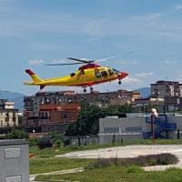In elicottero all'Ospedale del mare per un intervento al cuore