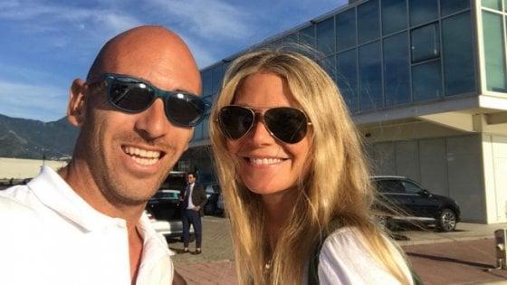 Vip a Marina di Stabia, l'attrice Gwyneth Paltrow in vacanza nel porto turistico di Castellammare