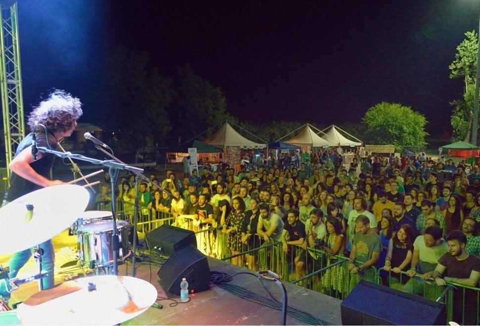 Scisciano, il parcheggio della circum diventa un palco per musicisti emergenti