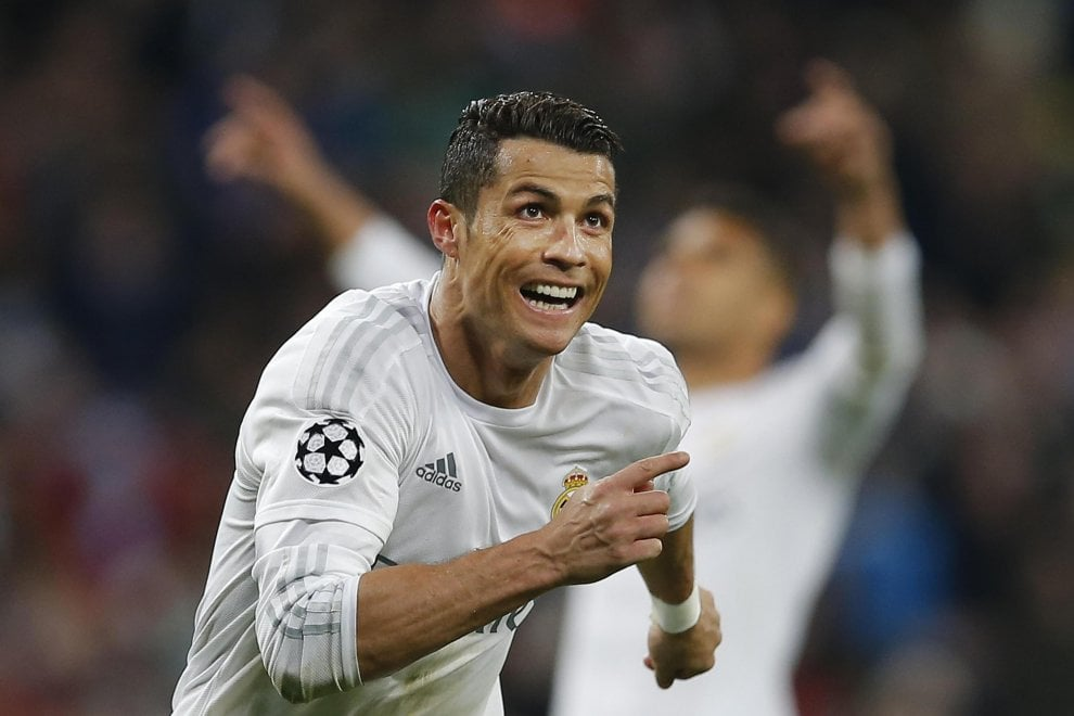"Ronaldo, De Laurentiis: ""Benvenuto, più sale e più pepe"""