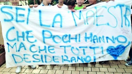 """Silvia, lettera ai suoi bambini di Scampia:  """"Siete la mia buona scuola, siate fieri di voi"""""""