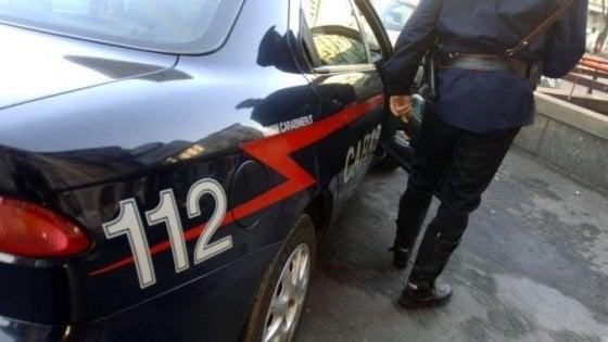 Rapine con kalashnikov, sgominata banda nel Napoletano