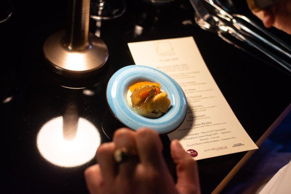 L'estate in tavola all'Habitué di Nola, aperitivi e degustazioni di ostriche alla portata di tutti