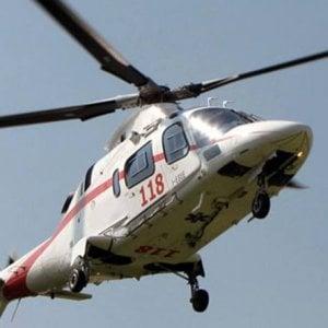 Grave incidente ad Amalfi: bus turistico investe 16enne