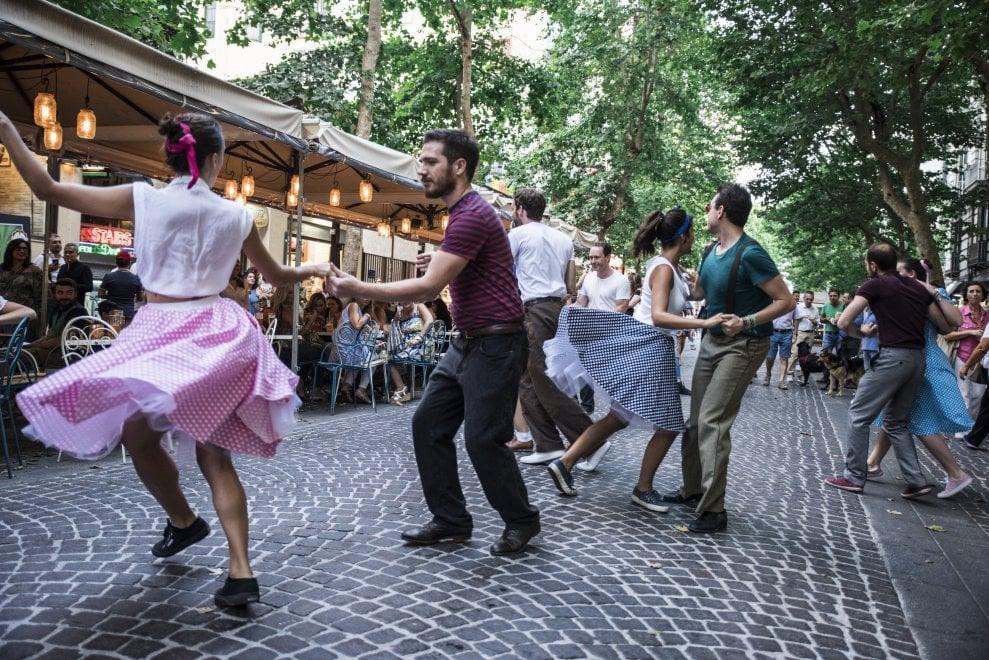 Party vintage al Vomero, il quartiere rivive gli anni '50
