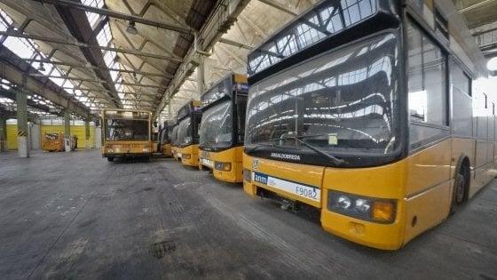 Napoli, venerdì sciopero dei trasporti per 24 ore