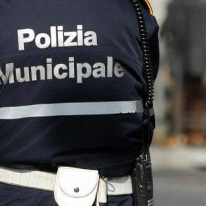 Napoli, vigile urbano si suicida con la pistola d'ordinanza