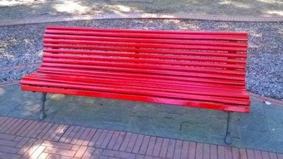 Al Cardarelli una panchina rossa contro la violenza sulle donne
