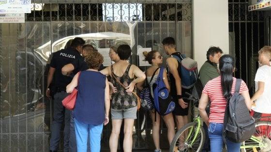 Il venerdì nero dei trasporti a Napoli: stop linea 1 metrò, funicolari ed Eav Bus