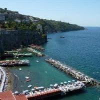 Vigili sulle spiagge a Sorrento, Ischia e Forio.