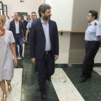 """Il presidente della Camera Roberto Fico in visita al carcere di Poggioreale: """"Rispettare..."""