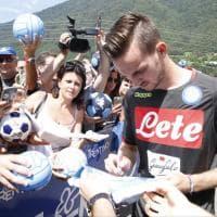 Inglese e Ruiz firmano gli autografi a Dimaro