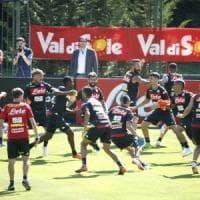 Due nodi da sbrogliare per il Napoli: un difensore e il nuovo Stadio