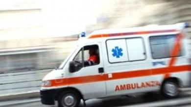 Napoli, bimba nasce in ambulanza grazie ai medici del 118 e all'aiuto delle donne del quartiere
