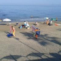 Blitz ombrellone selvaggio sulle spiagge di Agropoli: 100 sequestri