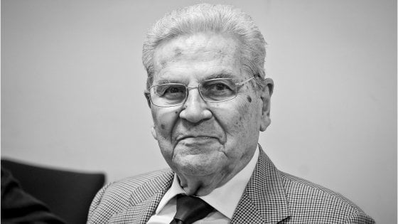 """I volti di Napoli: Amedeo Salerno. """"Io, per vent'anni alla guida del Coni ma nello sport Napoli ha perso"""""""