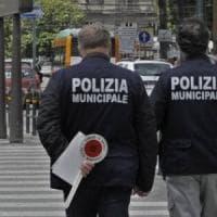 Aggrediti a Napoli due addetti per la verifica dei permessi di sosta