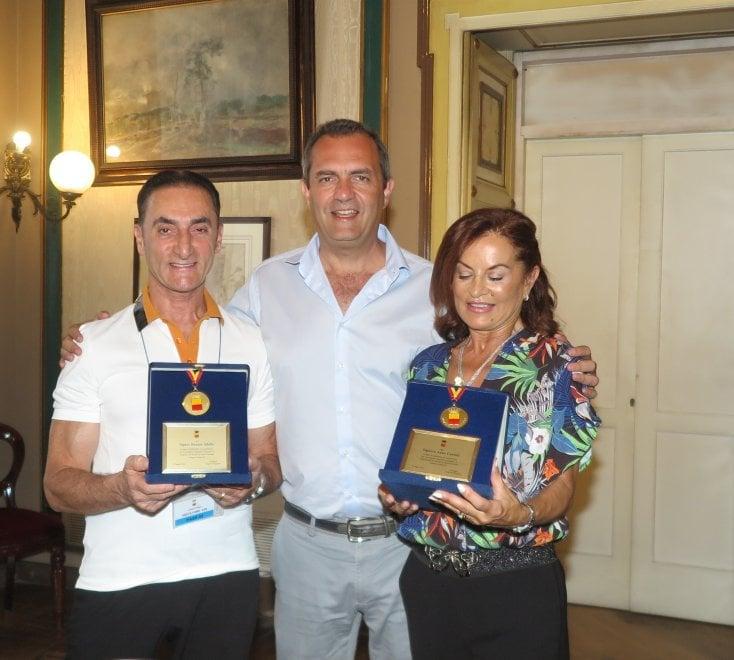 De Magistris riceve i campioni del mondo di danza sportiva
