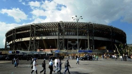 Napoli, niente campagna abbonamenti per l'incertezza sui lavori al San Paolo