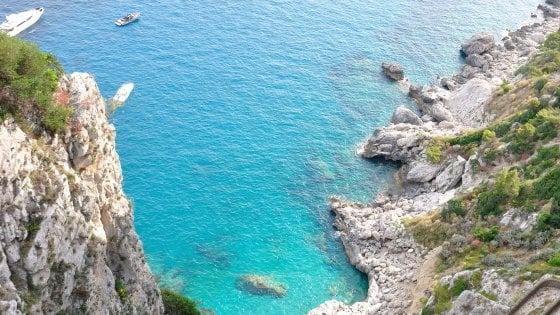 """Manager francese: """"Drogata e violentata nella suite di un hotel a Capri"""""""