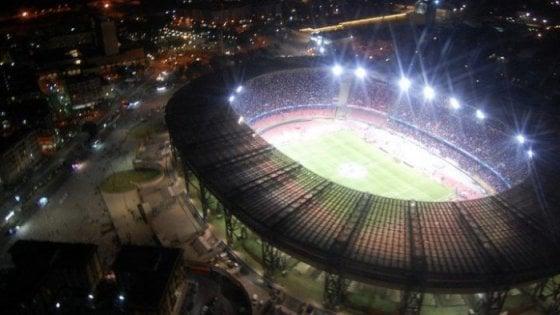 Napoli-Milan si giocherà al San Paolo: da lunedì in vendita i biglietti. Rincari per le curve: costano 35 euro