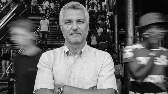 """I volti di Napoli, Maurizio Braucci: """"Invento storie nella città reale, stando qui capisci dove va il mondo"""""""