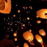 """Anacapri, il sindaco vieta le lanterne cinesi: """"Pericolose per l'ambiente"""""""