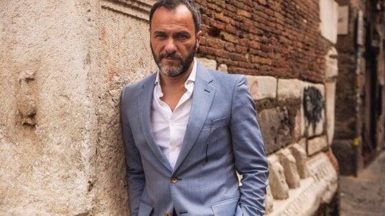 """Massimiliano Gallo: """"In vacanza dopo i Bastardi, ma nell'Italia di Genova capisco l'ira delle famiglie"""""""
