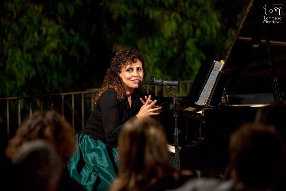 """Ischia, a Villa Arbusto recital sulle donne """"tradite"""""""