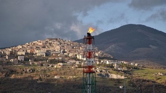 Potenza, tre nuovi pozzi in Val d'Agri: la denuncia dell'Osservatorio popolare