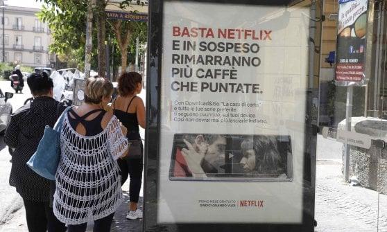 """Caos traffico, spot di Netflix. I cittadini: """"Bravi, qui è un disastro"""""""