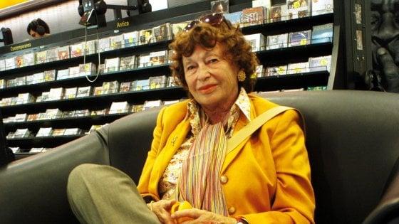 Quando Inge Feltrinelli aprì le librerie a Napoli, l'articolo di Giuseppe D'Avanzo