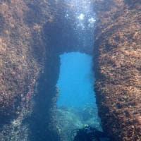 Nei fondali di Castel dell'Ovo le tracce di un porto greco di 25 secoli