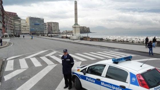 Smog: a Napoli stop alle auto in città dal primo ottobre