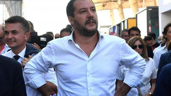 """La Lega a Campagna: """"Salvini c'e. Ma il raduno slitta di un mese  """""""