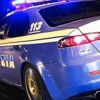 Rapina scooter ad agente e spara colpo pistola,fermato dalla polizia