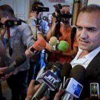 Il sindaco di Napoli attacca il decreto sicurezza: