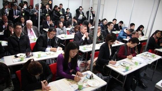 La mozzarella Dop al summit di Tokio: unico formaggio del Sud inserito nell'intesa Ue-Giappone
