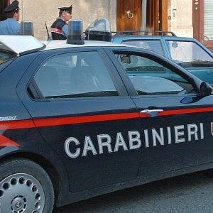 Irpinia, litiga con la compagna e aggredisce i carabinieri: arrestato