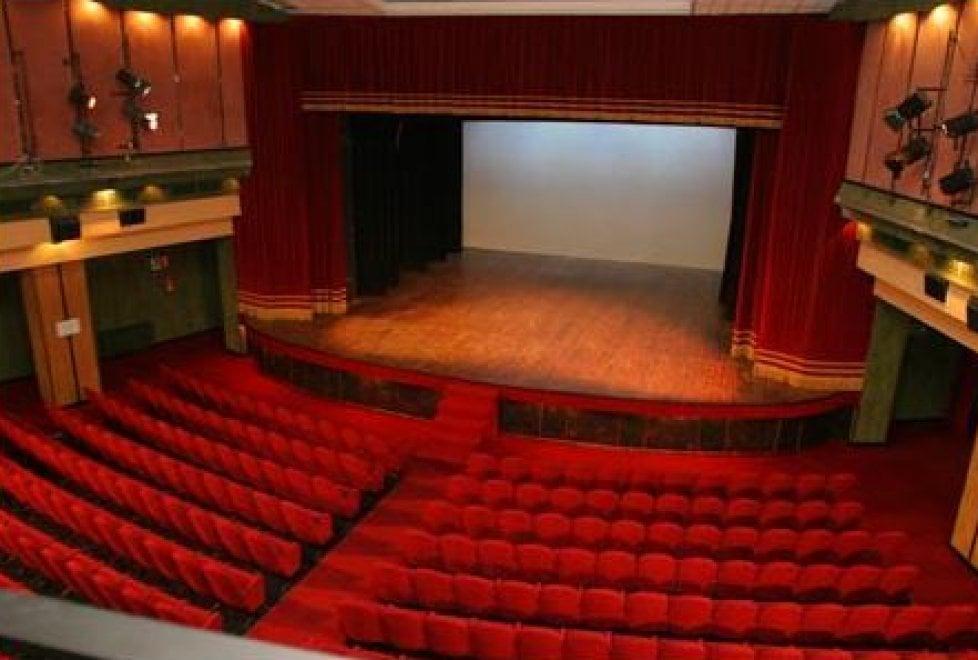 Teatro Acacia, rivive il mito degli Abba