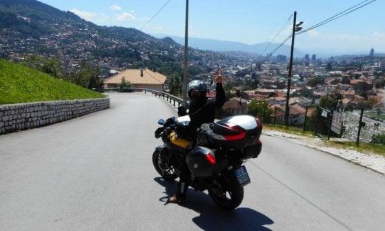 """La sfida vinta di Rosaria: """"Da sola in moto da Napoli sino in Giappone"""""""
