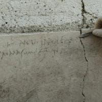 Pompei sorprende ancora: dall'iscrizione che modifica la data dell'eruzione ai nuovi affreschi