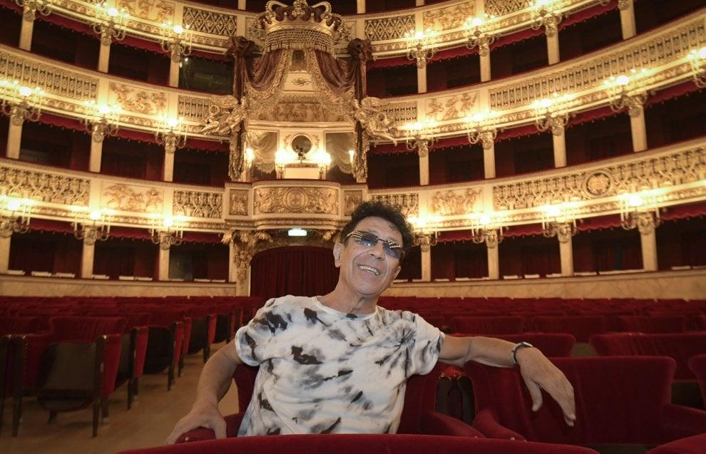 Edoardo Bennato, special tv al San Carlo