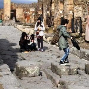 Maltempo in tutta la Campania, Pompei chiude per il vento forte