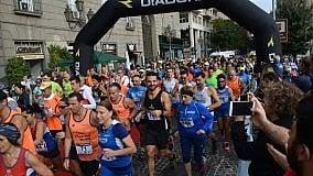 """In corsa tra i vicoli e sul Lungomare, torna la """"Maratona Spaccanapoli"""""""