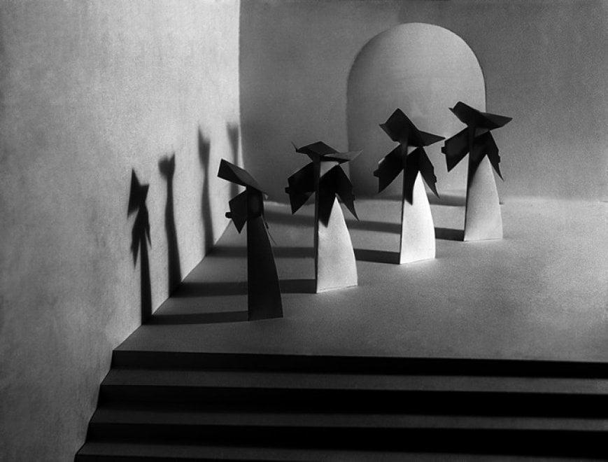 """""""Composizioni futuriste"""", la mostra fotografica all'archivio Parisio"""